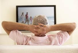 телевизор для пожилых людей